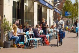 Terrassen Amsterdam mogen uitbreiden vanwege tropisch weer