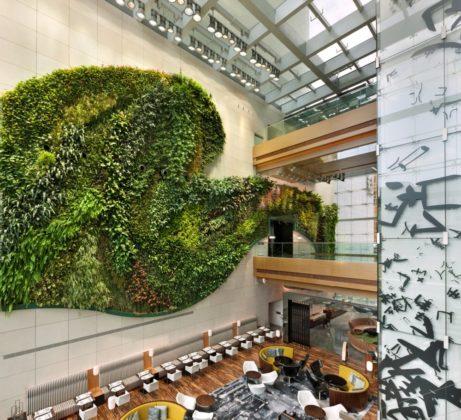 218884 hotel icon vertical garden 1 b293e1 large 1469112577 461x420