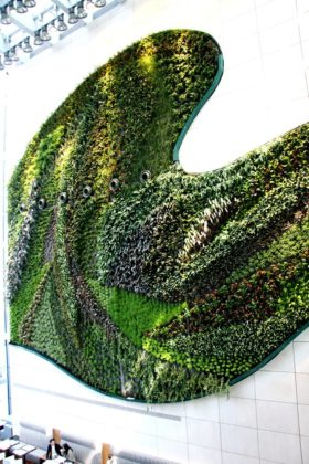 218888 hotel icon vertical garden 2 eff605 large 1469112581 280x420