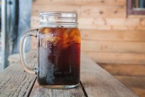 Koude koffie met een smaakje