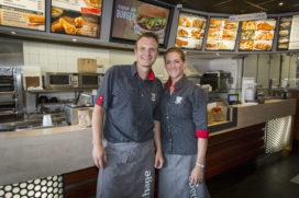 Cafetaria Top 100 2016-2017 nr.2: Verhage Zwijndrecht, Walburg