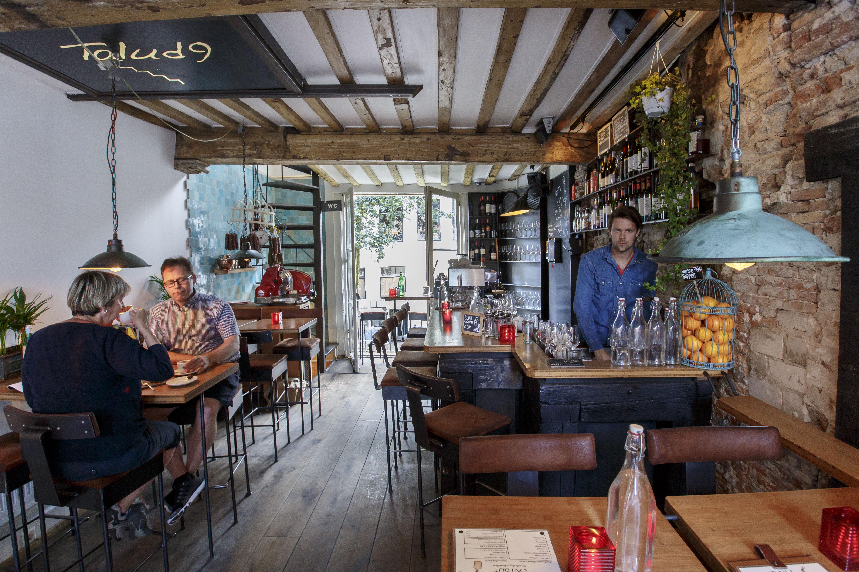 Koffie top 100 2016 nummer 2 talud9 utrecht misset horeca for Cafe de poort utrecht