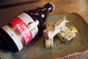 Bier en Spijs: IPA met blauwe schimmelkaas