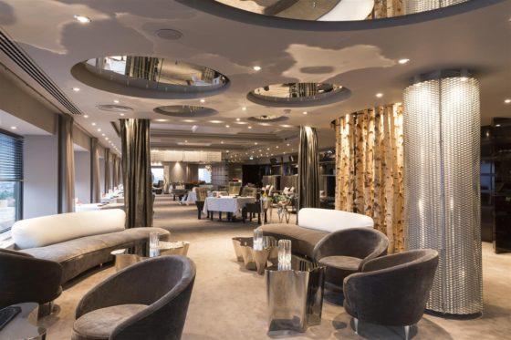 Hotel okura amsterdam ciel bleu lounge large1 560x373