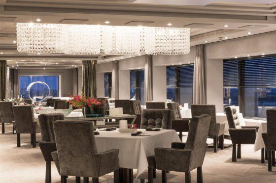 Hotel okura amsterdam ciel bleu overview large1 560x373