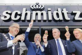 Schmidt Zeevis krijgt Koninklijk predicaat op 100e verjaardag