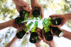 KHN en brouwers slaan handen ineen voor betere naleving leeftijdgrens alcohol