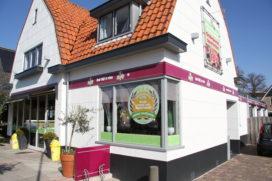Cafetaria Top 100 2016-2017 nr.69: Cafetaria Family Oostzaan, Oostzaan
