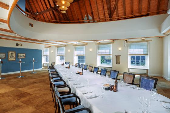 Events graaf van leicester zaal dinner 560x373