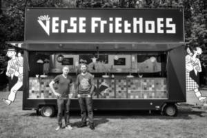 Eén van de foodtrucks van FrietHoes.