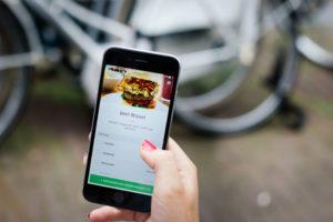 UberEats bezorgt 24-uur per dag maaltijden tijdens ADE