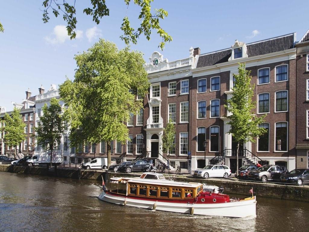 top 25 luxe hotels nederland misset horeca. Black Bedroom Furniture Sets. Home Design Ideas