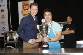 Hao-En Looi wint vakwedstrijd 'De Lekkerste Wafel van Nederland'