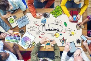 Marketingtips voor de horeca: 'Heb je geen geld, toon dan lef'
