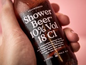 shower-beer_06_hand_close-up2-1250x944
