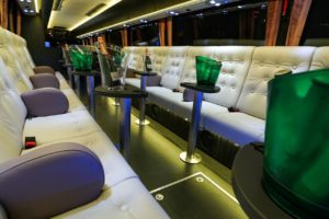 thumbnail_Super VIP Bus 02