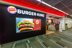 Burger King neemt fastfoodketen Popeyes over