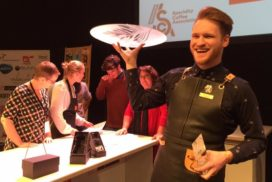Nick Vink prolongeert wederom titel Dutch Latte Art Championship