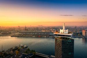 Sir Adam Hotel Amsterdam: uitzicht, gitaren en ruw beton