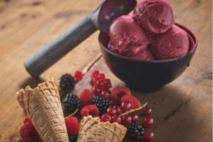 Plussen met ambachtelijk ijs: van luxe coupes tot Red Velvet-ijsje