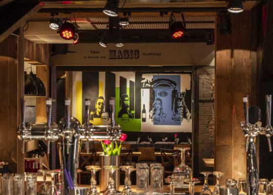 Bar tinus 560x400