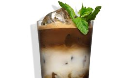 Cocktailrecept: Tia Maria Mint Frappé