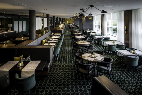 Restaurant vanuit winebar 560x373