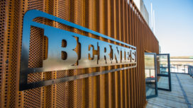 Bernie's Bar & Kitchen geopend  door Bernhard van Oranje