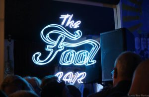 Fool Bar douwe bob