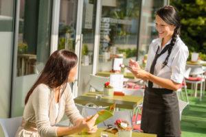 Contracten in de horeca: wat moet je weten als ondernemer
