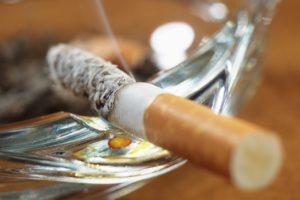 Bijna 400 meer boetes omtrent rookverbod horeca