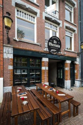 AMSTERDAM - De Biertuin op de Prinsengracht. FOTO: DIEDERIK VAN DER LAAN