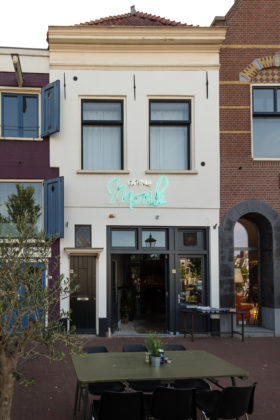 HAARLEM, 14 Juni 2017: Fishbar Monk te Haarlem. © SEBASTIAAN ROZENDAAL