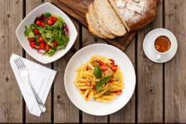 Buitenlandse lunches in beeld gebracht: van pasta tot pizza