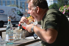 Ron Blaauw maakt finalisten The Fat Dog Challenge bekend