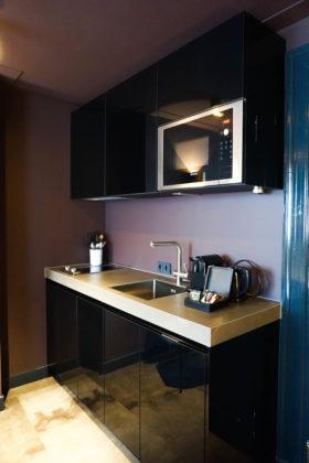 Hotel de jonker kitchen 4 280x420