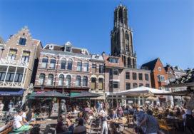 Utrechtse gemeenteraad tegen plannen meer horeca in binnenstad