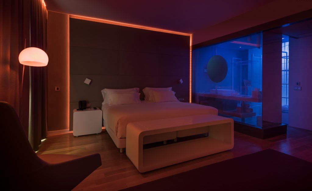 39 mood rooms 39 nh hotel group laat gasten zelf sfeer bepalen for Build a room app