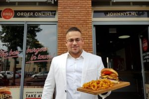 Twee Johnny's Burgers van start via crowdfunding