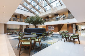 Hilton Den Haag: vernieuwde lobby en atrium