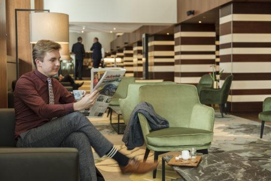 Vernieuwde lobby hilton foto 560x373