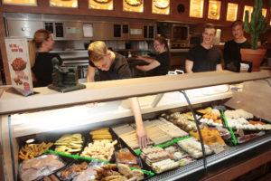 Nieuwe Horeca Nederland over cao: 'Personeelstekort zal verder oplopen'