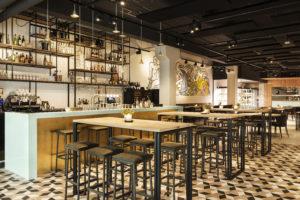 Horecainterieur: horeca en retail ineen bij Emma in Eindhoven