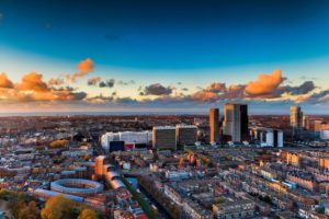 Haagse The Penthouse opent hoogste skybar van Nederland