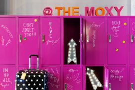 Horecainterieur: speels en contrastrijk design bij Moxy Amsterdam Houthavens