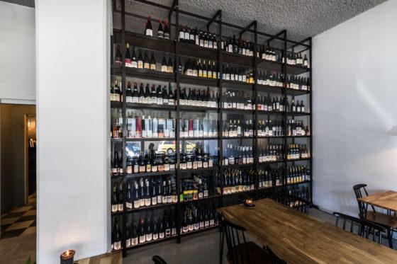 AMSTERDAM - Koffiespot en wijnbar 4850 in de Camperstraat 48-50. Foto Diederik van der Laan
