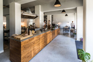 Horecainterieur: Deens en Zweeds vintage in restaurant 4850 Amsterdam