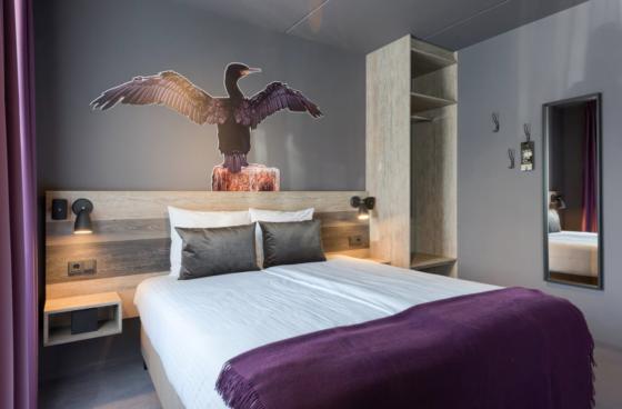 Waddenvogels zijn de grootste inspiratiebron geweest voor het nieuwe interieur van Hotel Prins Hendrik op Texel.
