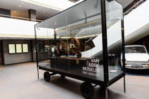 Van der Valk Eindhoven krijgt kunst uit museum